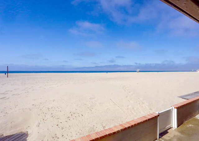 Single Family for Sale at 3821 Ocean Drive Oxnard, California 93035 United States