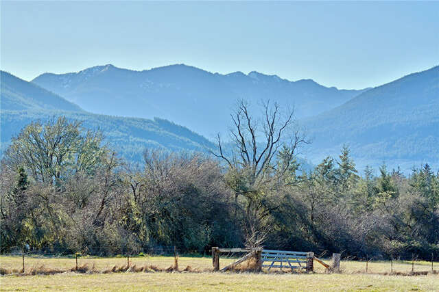 Single Family for Sale at 255 Jakeway Rd Quilcene, Washington 98376 United States