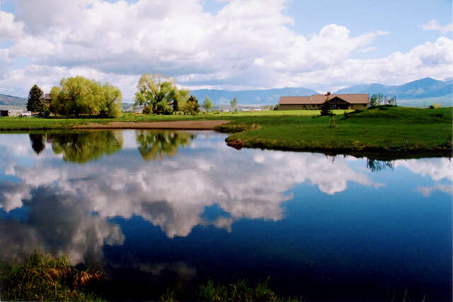 Additional photo for property listing at Ridgely Creek Ranch  Belgrade, Montana 59714 United States