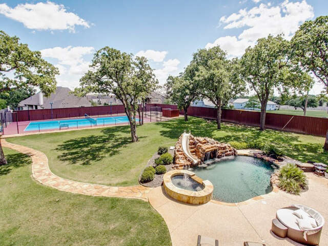Single Family for Sale at 2005 N White Chapel Boulevard Southlake, Texas 76092 United States