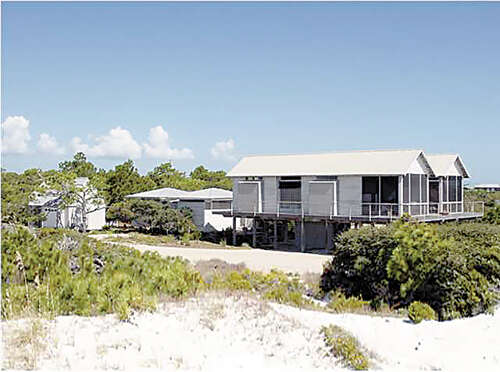 Single Family for Sale at 608 Gulf Shore Dr Carrabelle, Florida 32322 United States