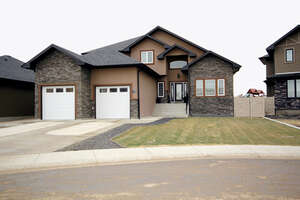 Featured Property in Desert Blume, AB
