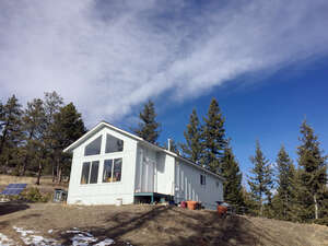 Featured Property in Bellvue, CO 80512