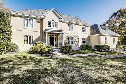 Single Family for Sale at 605 Cross Ridge Lane Manakin Sabot, Virginia 23103 United States