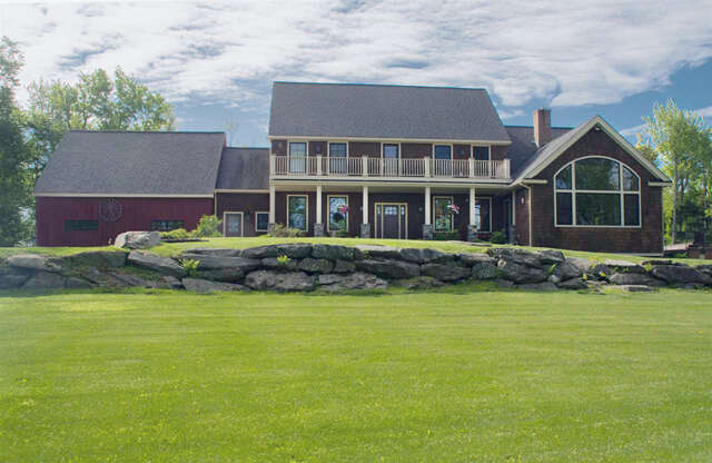 Single Family for Sale at 239 Ware Road Wilmington, Vermont 05363 United States