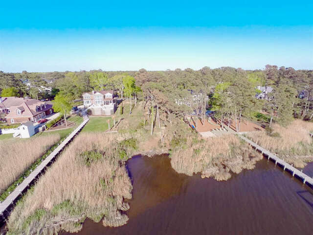 Additional photo for property listing at 7012 Currituck Road  Kitty Hawk, North Carolina 27949 United States