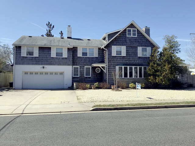 Single Family for Sale at 109 Grove Street Bay Head, New Jersey 08742 United States