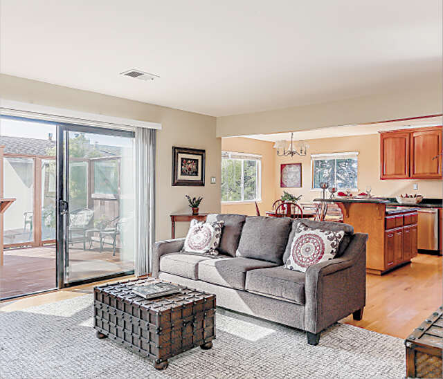 Featured Property in HALF MOON BAY, CA, 94019