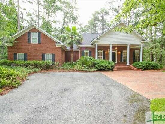 Single Family for Sale at 565 Buckland Hall Rd Richmond Hill, Georgia 31324 United States