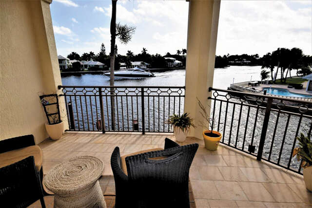 Single Family for Sale at 3071 Waterside Circle Boynton Beach, Florida 33435 United States