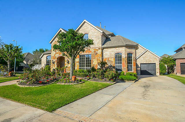 Single Family for Sale at 1307 Alleyan Trl Sugar Land, Texas 77479 United States