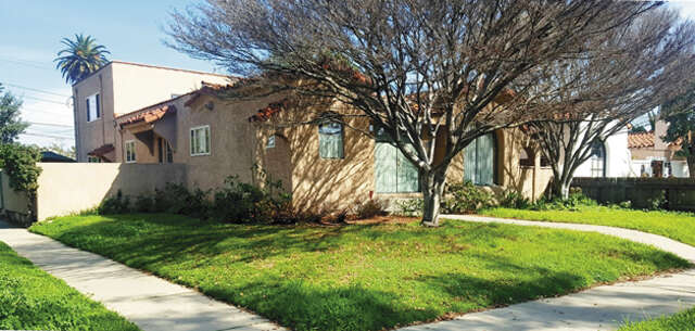 Single Family for Sale at 2302 Camden Ave Los Angeles, California 90064 United States
