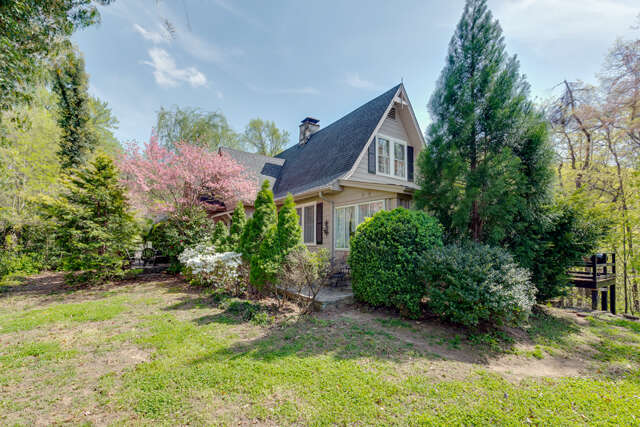 Single Family for Sale at 1040 Hogback Mountain Road Tryon, North Carolina 28782 United States