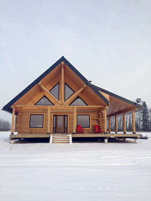 Featured Property in Beaverlodge, AB T0H 0C0