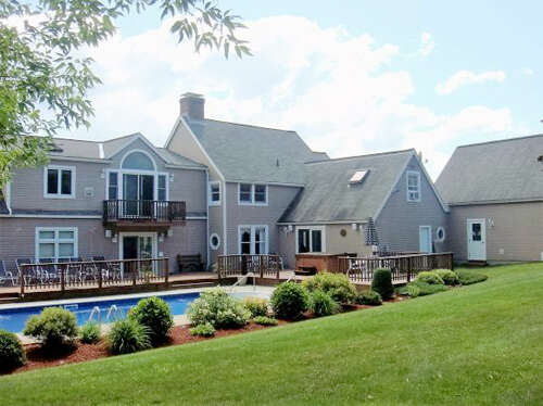 Single Family for Sale at 109 Cheney Hill Lane Rutland Town, Vermont 05701 United States