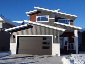 Featured Property in Red Deer, AB T4R 0R4