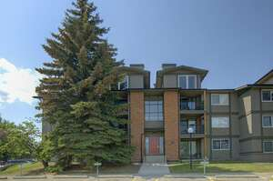 Featured Property in Calgary, AB T3H 1B8