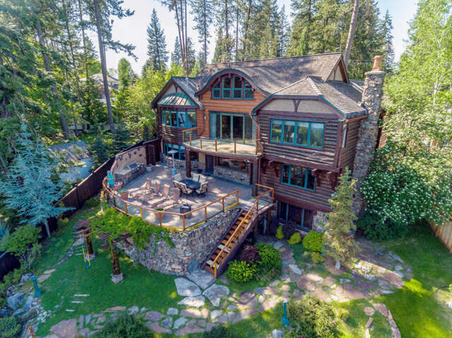 Single Family for Sale at 10646 N Lakeview Dr Hayden Lake, Idaho 83835 United States