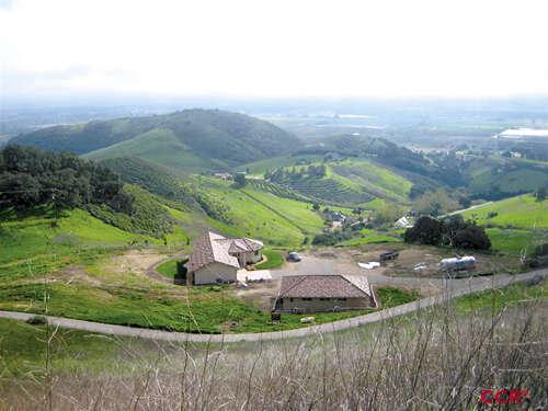 Single Family for Sale at 970 Temettate Ridge Lane Nipomo, California 93444 United States