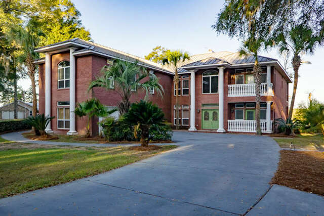 Single Family for Sale at 449 Waterview Cove Freeport, Florida 32439 United States