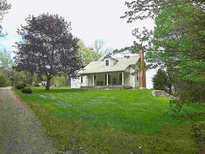 Featured Property in Dorchester, NH 03266