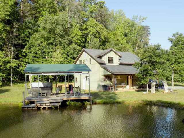 Single Family for Sale at 1117 Ponder Rd. Mill Spring, North Carolina 28756 United States