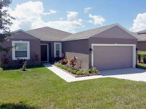 Featured Property in Groveland, FL 34736
