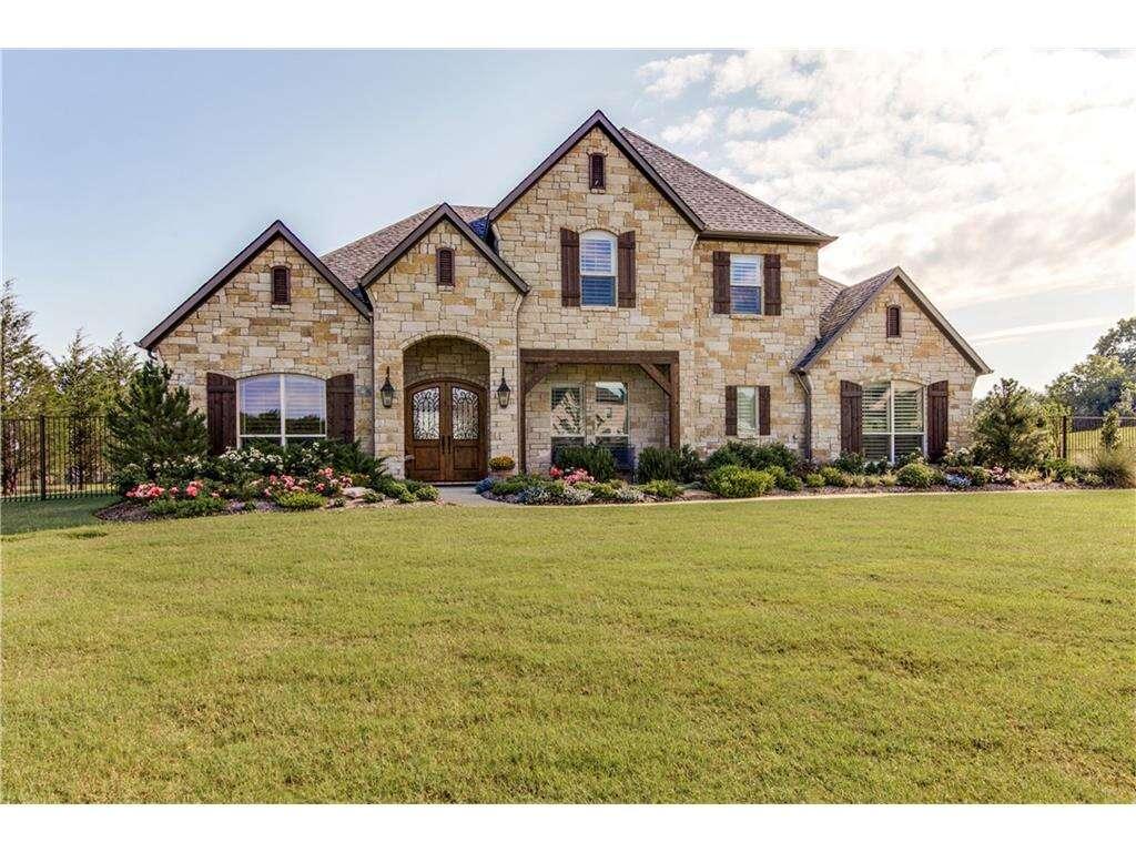 Home Listing at 206 Tanner Creek CIR, SUNNYVALE, TX