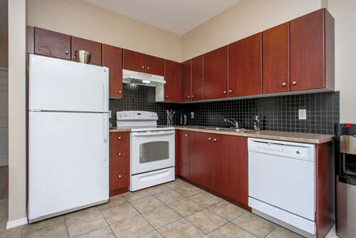 Featured Property in KELOWNA, BC, V1V 2A7