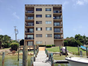 Featured Property in Fort Walton Beach, FL 32548