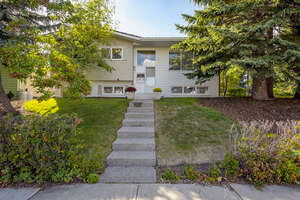 Featured Property in Calgary, AB T2K 2N6
