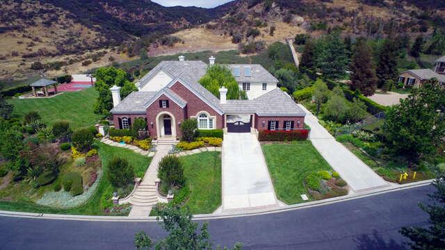Single Family for Sale at 955 Vista Ridge Lane Westlake Village, California 91362 United States