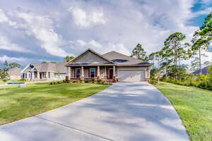 Featured Property in Southport, FL 32409