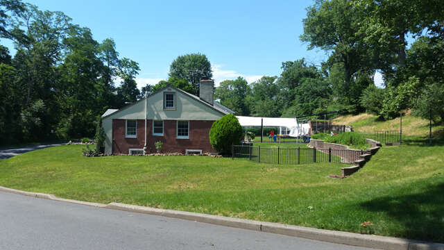 Single Family for Sale at 100 Valley Road Colonia, New Jersey 07067 United States
