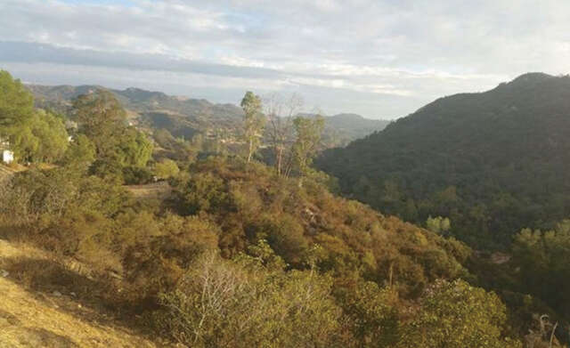 Investment for Sale at Rubicon Rd Topanga, California 90290 United States