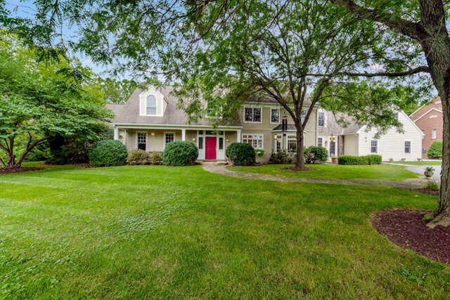 Single Family for Sale at 2141 Waterford Drive Lancaster, Pennsylvania 17601 United States