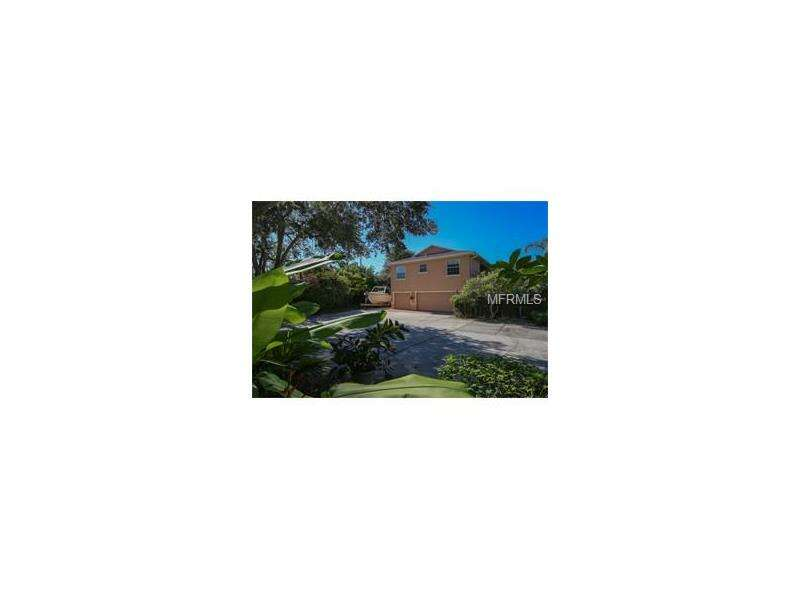 Multi Family for Sale at 3 Shoreland Drive Osprey, Florida 34229 United States