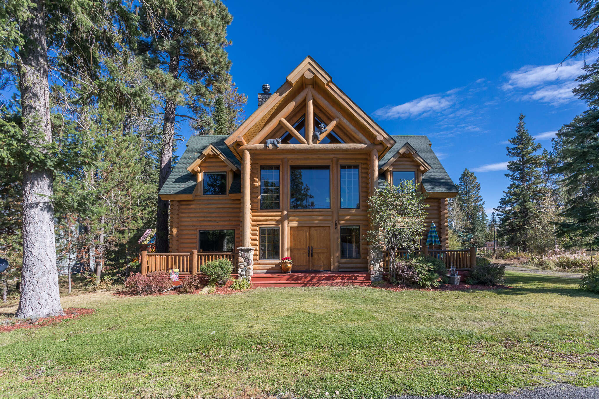 Single Family for Sale at 262 Lee Way Donnelly, Idaho 83615 United States