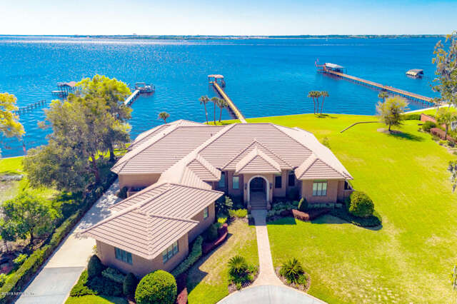Single Family for Sale at 6300 San Jose Blvd W Jacksonville, Florida 32217 United States