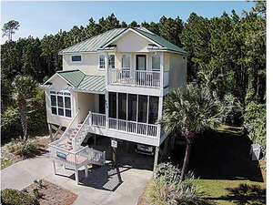 Featured Property in Pt St Joe, FL