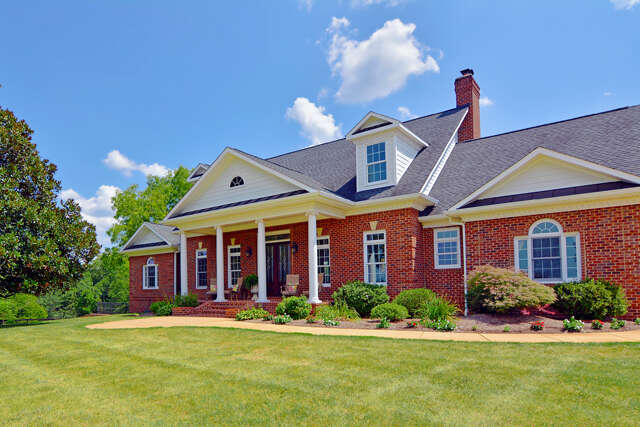 Single Family for Sale at 10074 High Point Road Somerset, Virginia 22972 United States