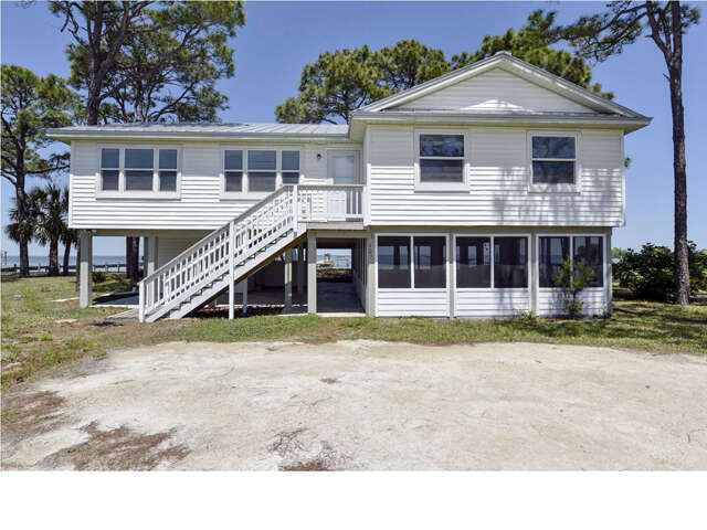 Single Family for Sale at 409 Sawyer St Eastpoint, Florida 32328 United States