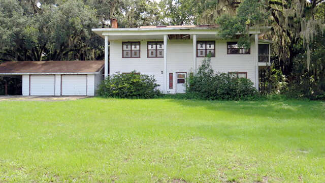 Single Family for Sale at 209 Carrier Rd Crescent City, Florida 32112 United States