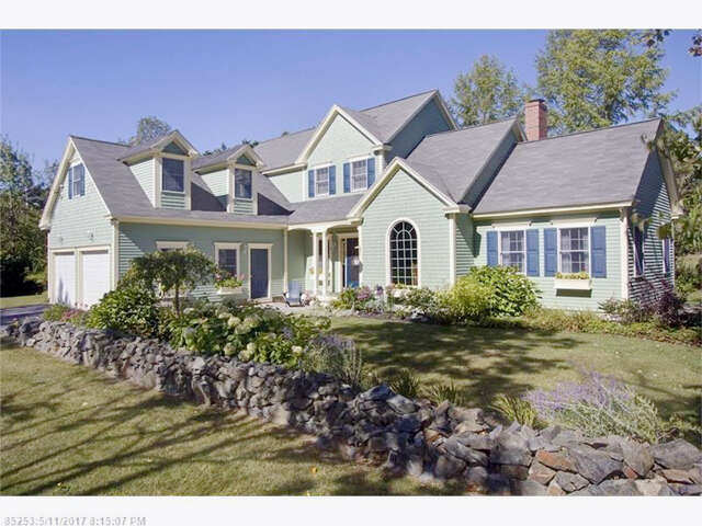 Single Family for Sale at 14 Woodland Ave Kennebunk, Maine 04043 United States