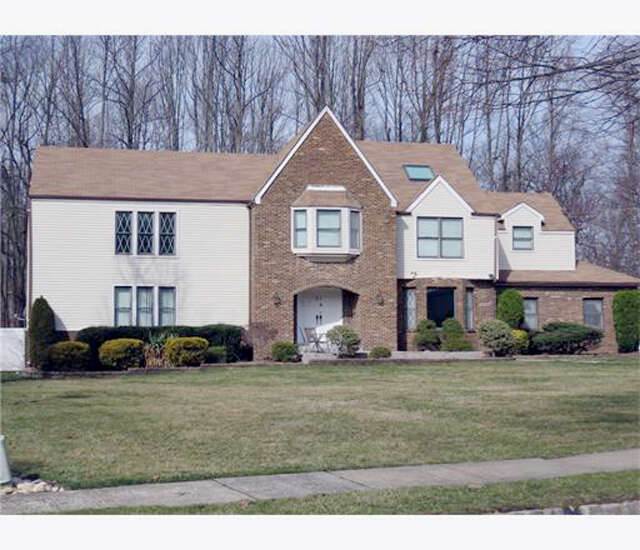Single Family for Sale at 52 Peach Orchard Drive East Brunswick, New Jersey 08816 United States