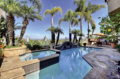 Single Family for Sale at 34 Westgate Laguna Niguel, California 92607 United States