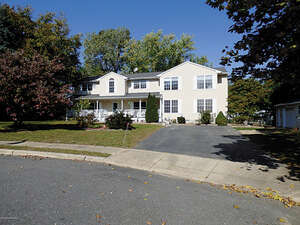 Featured Property in Ocean, NJ 07712