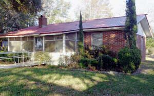 Featured Property in Branford, FL 32008