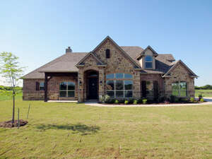 Featured Property in Caddo Mills, TX 75135