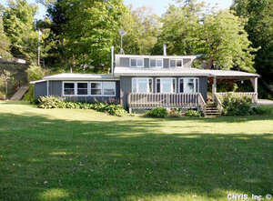 Featured Property in Henderson, NY